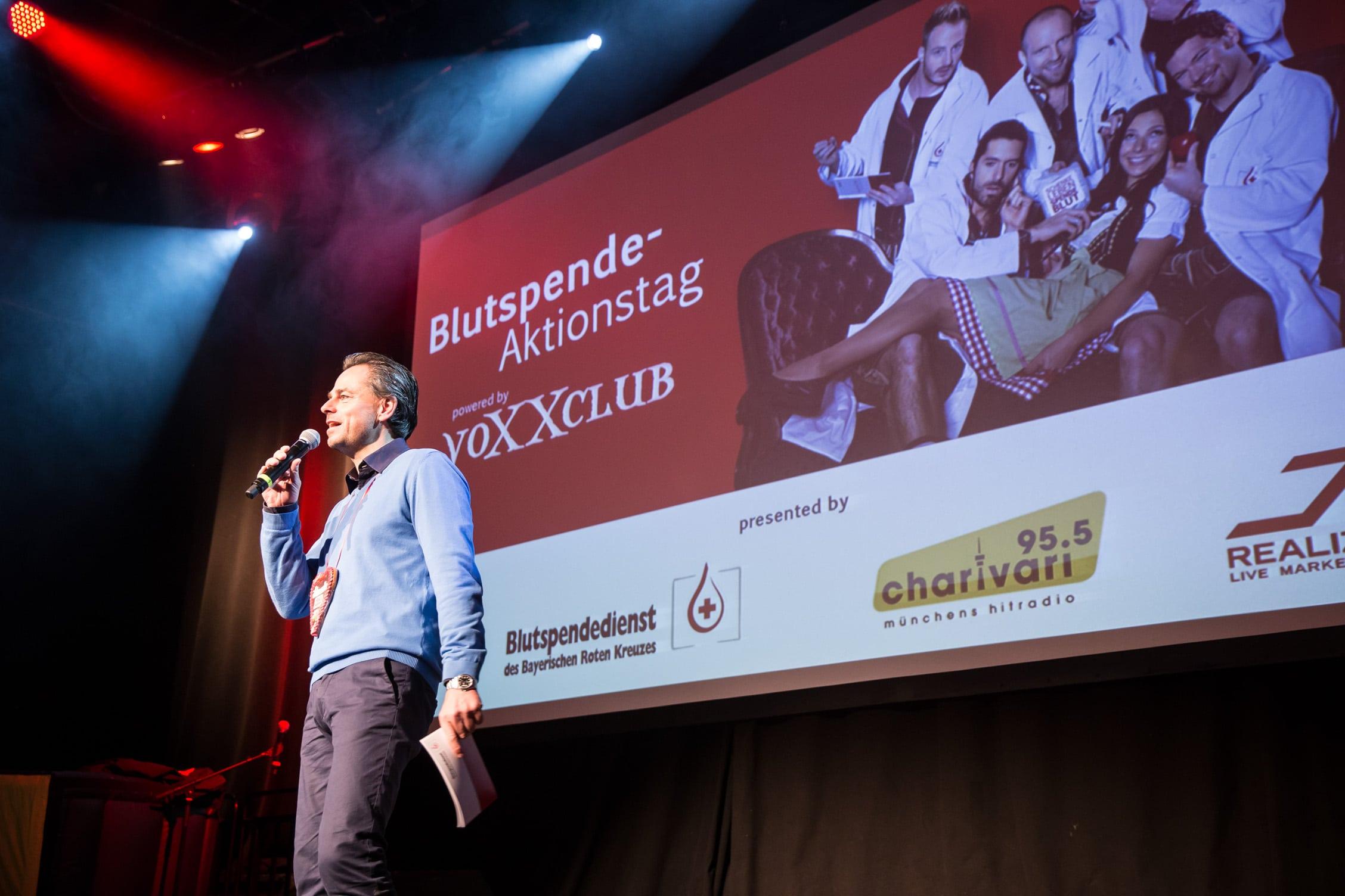 Blutspendedienst des BRK, Blutspende-Aktionstag, Muffathalle München, 21.1.2016, voXXclub.